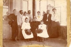 Boierii Otetelișeni în vizită la Conacul din Benești