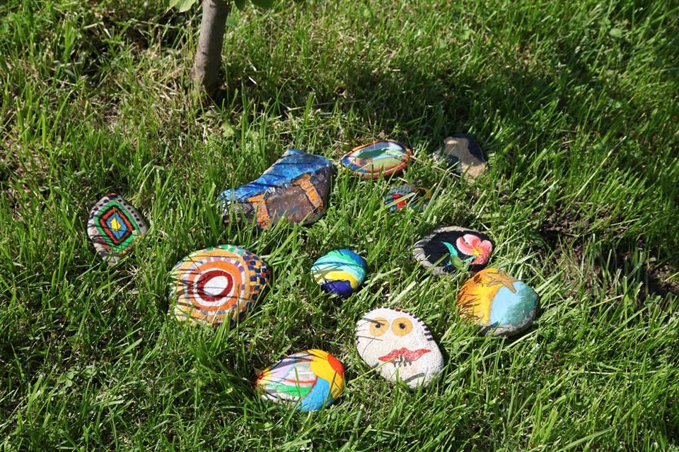 Câteva pietre banale au prins suflet!
