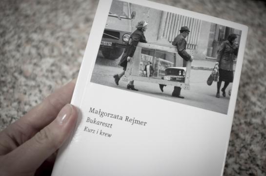 Cartea București. Praf și sânge este un best-seller în Polonia